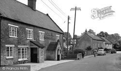 Misterton, Globe Inn c.1955