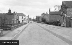 High Street 1964, Misterton
