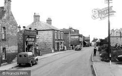 Station Street 1962, Misterton