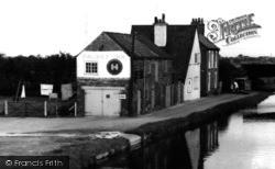Misterton, The Packet Inn 1962