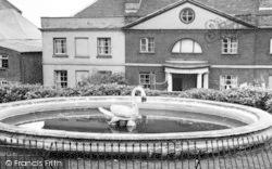 Mistley, The Swan Fountain c.1955