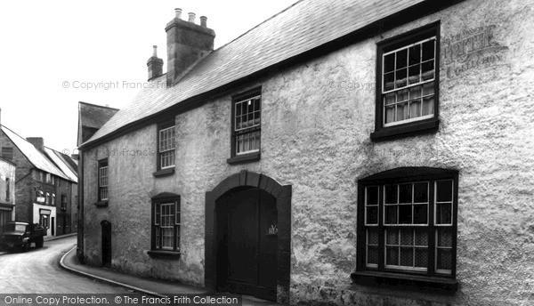 Mitcheldean, Lion House Youth Hostel c1955