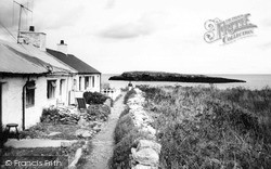 Ynys Swnt Cottages c.1960, Moelfre