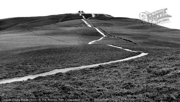 Mold, the Last Half Mile to Moel Fammau c1960