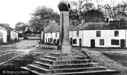 Monaghan, Old Cross Square 1900