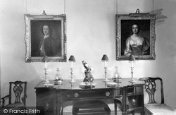 Moniaive, Maxwelton House, Portraits Of Annie Laurie And Her Husband c.1960