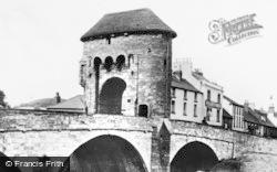 Monmouth, Monnow Bridge c.1960
