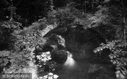 Roman Bridge 1899, Monzie
