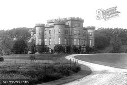 The Castle 1899, Monzie