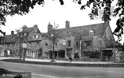 Moreton-In-Marsh, Manor House Hotel c.1955