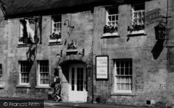 Moreton-In-Marsh, The White Hart Hotel c.1960
