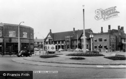 Moreton Cross c.1960, Moreton