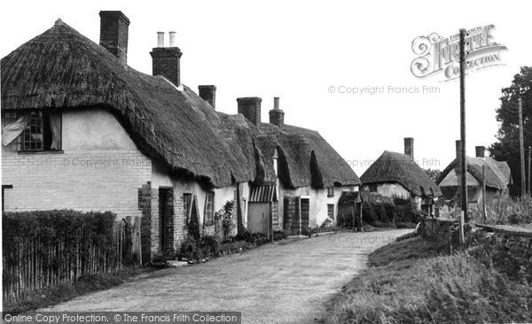Photo of Moreton, The Village c.1955