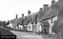 Moreton, The Village c.1955