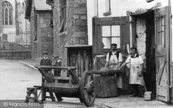 Moretonhampstead, The Wheelwright, Church Street 1906