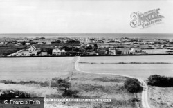 Morfa Bychan, General View And Beach Road c.1960