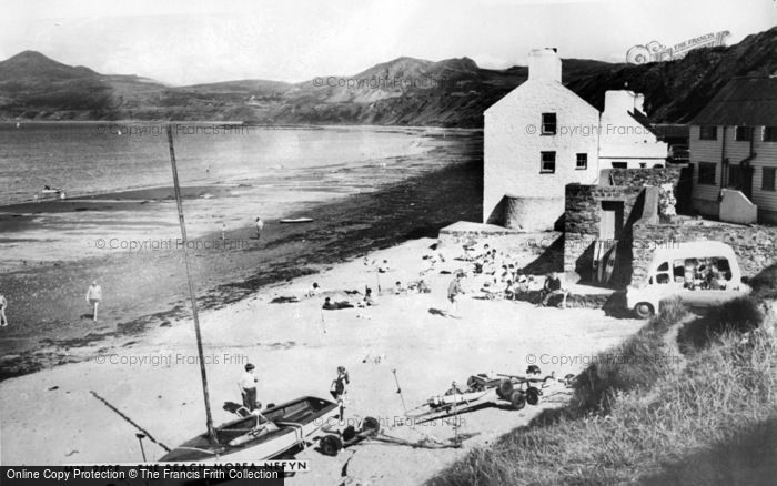 Photo of Morfa Nefyn, The Beach c.1965