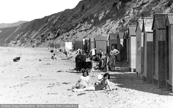 Photo of Morfa Nefyn, The Beach Huts c.1933