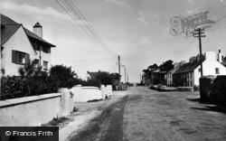 Morfa Nefyn, The Linksway Hotel And Beach Road c.1960