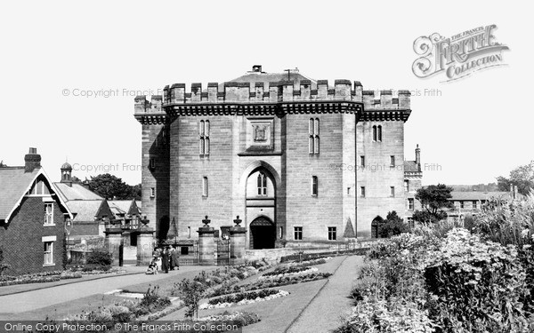 Photo of Morpeth, the Court House c1955, ref. M251019