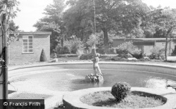 Morriston, Hospital, The Fountain c.1955