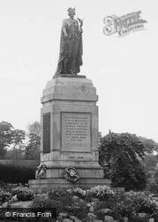 Park, The War Memorial c.1955, Morriston