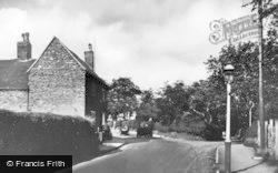 Wake Green Road 1935, Moseley