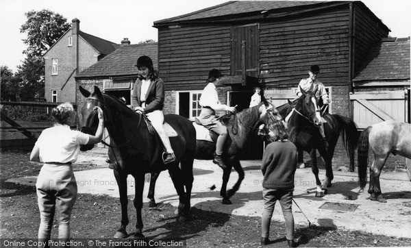 Mottingham, Mottingham Farm Riding School c1963