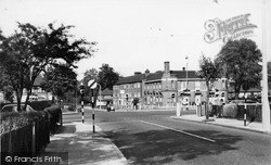 Mottingham, Royal Hotel c.1960
