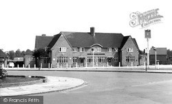 Mottingham, The Chinbrook Public House c.1965