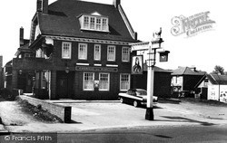 Mottingham, The Prince Of Wales c.1965