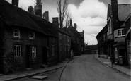Moulton, Cross Street c1955