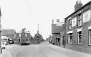Moulton, High Street c1950