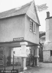 Mousehole, Keigwin Arms 1931