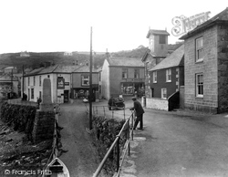 Mousehole, The Cliff 1931
