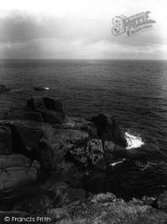 Mousehole, Wesleys Pulpit Rock 1927