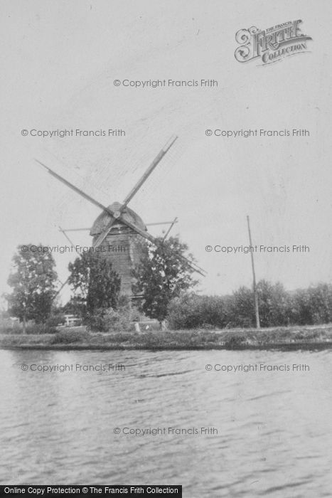 Photo of Muiden, Windmill c.1930