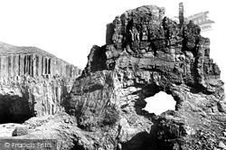Carsaig Arches 1903, Mull