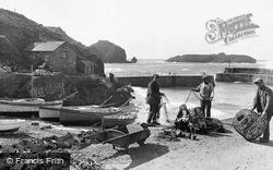 Mullion, Fishermen 1924