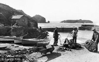 Mullion, Fishermen 1924