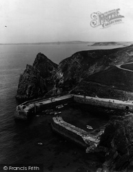 Mullion, In The Harbour 1939