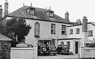 Mullion, Mounts Bay Hotel c1955