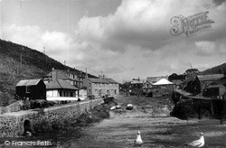 Mullion, The Cove From Pier c.1955