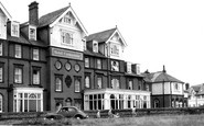 Mundesley, Hotel Continental c1960