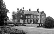 Mundford, Lynford Hall c1960