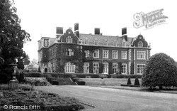 Mundford, Lynford Hall c.1960