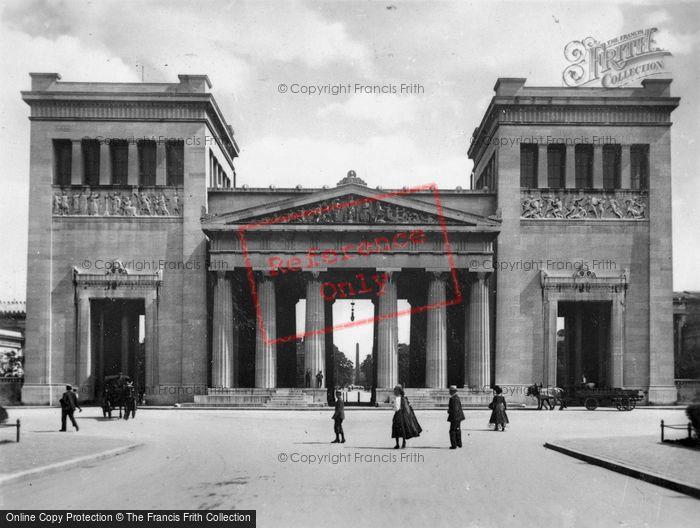 Photo of Munich, Proplaen c.1935