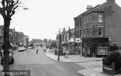 Muswell Hill, Colney Hatch Lane c.1960
