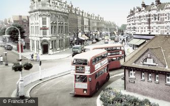 Muswell Hill, The Broadway c1965