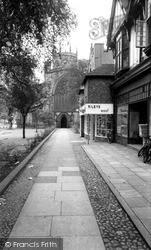 Nantwich, St Mary's Church Walk c.1965